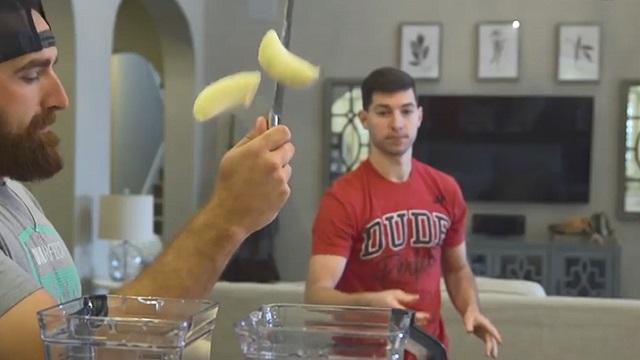 挥刀斩你香蕉!流畅配合让你隐隐作痛