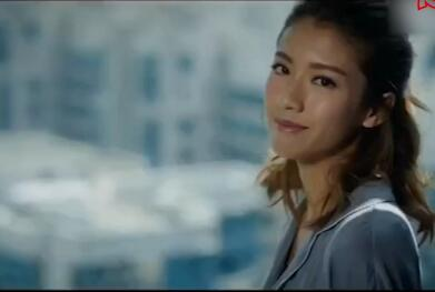 女神蔡思貝为港马拍摄的宣传片,今年港马又来了