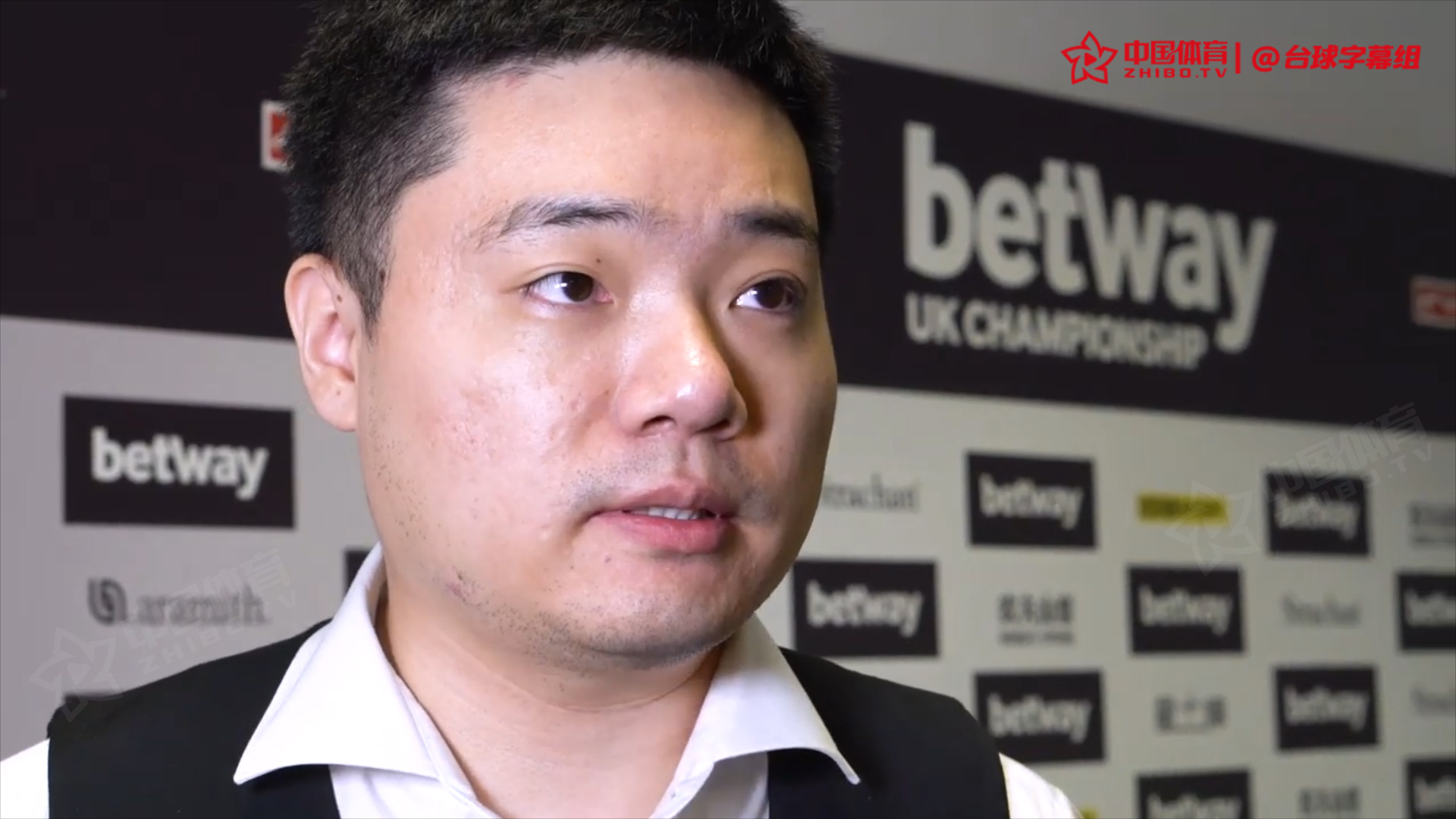 丁俊晖:保持专注最重要!我需要更多的积分保持在前16   2019英锦赛