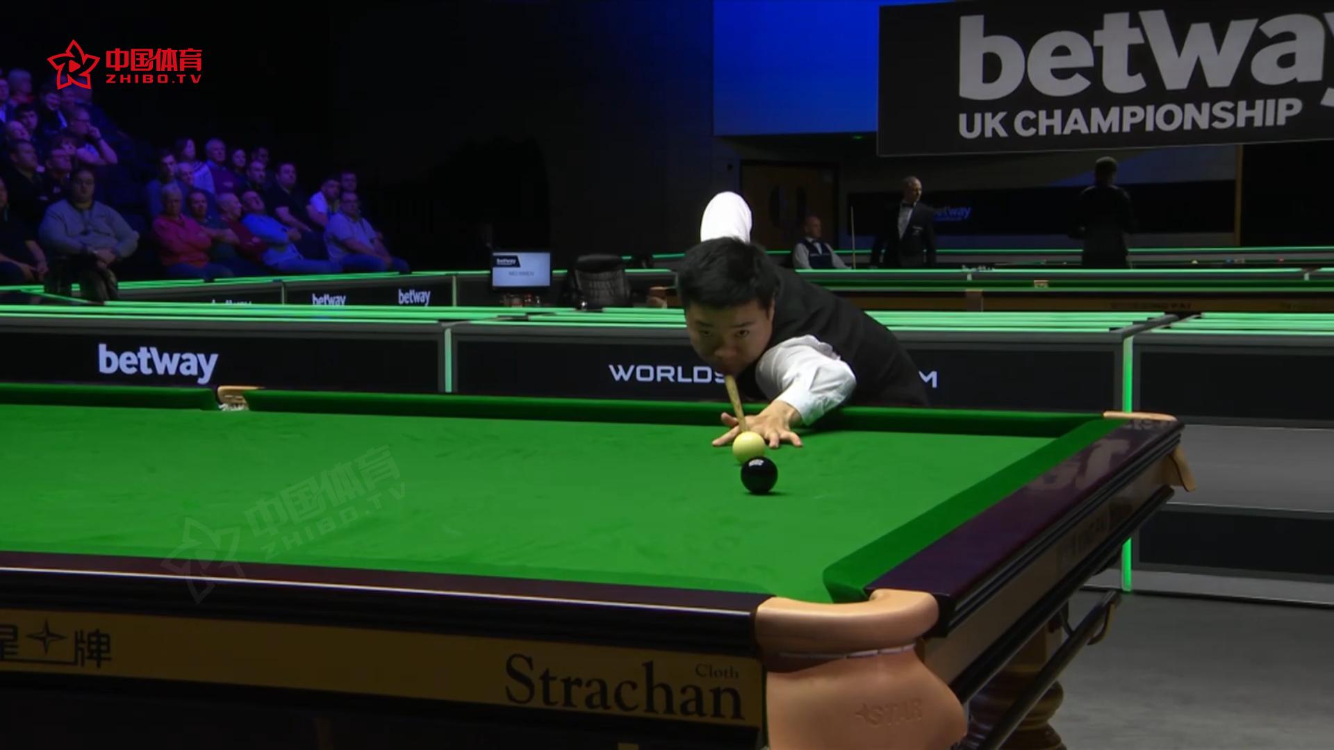 英锦赛次轮第二日比赛高光时刻:丁俊晖、希金斯强势晋级 威廉姆斯爆冷不敌小将  | 2019英锦赛