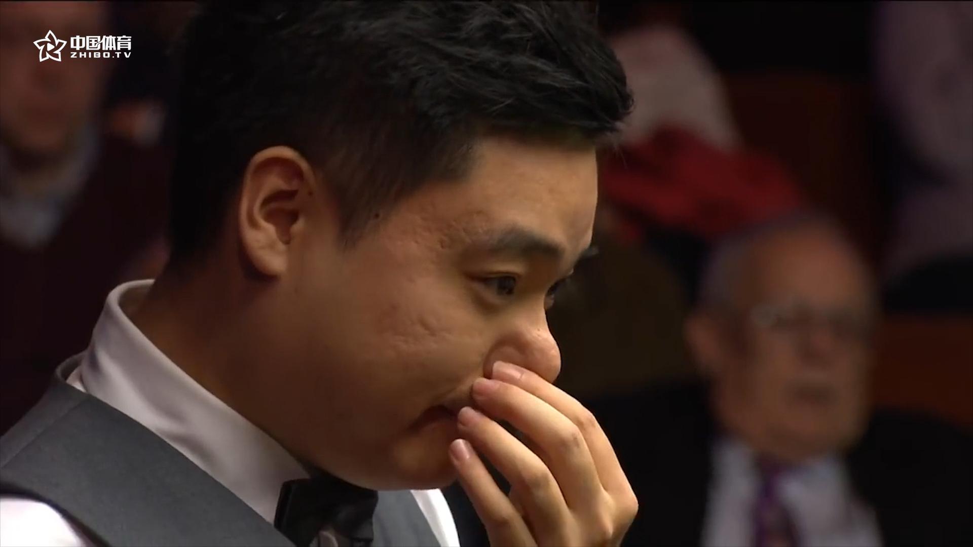 丁俊晖距离世锦赛冠军最近的时刻 令人心痛的致命蓝球 | 世锦赛中国军团