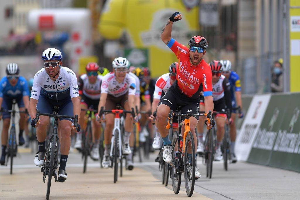 环罗曼蒂S2 科尔布雷利冲刺获胜-领骑网