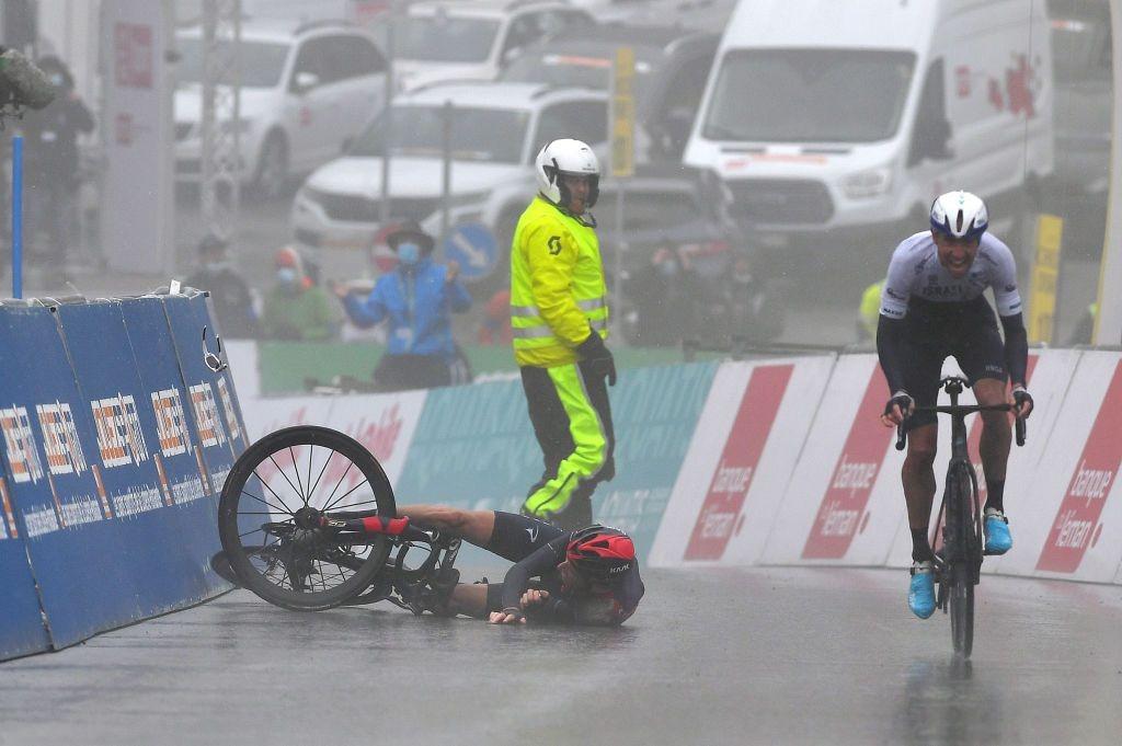 环罗曼蒂S4托马斯手滑失冠军 伍兹捡漏穿黄衫-领骑网