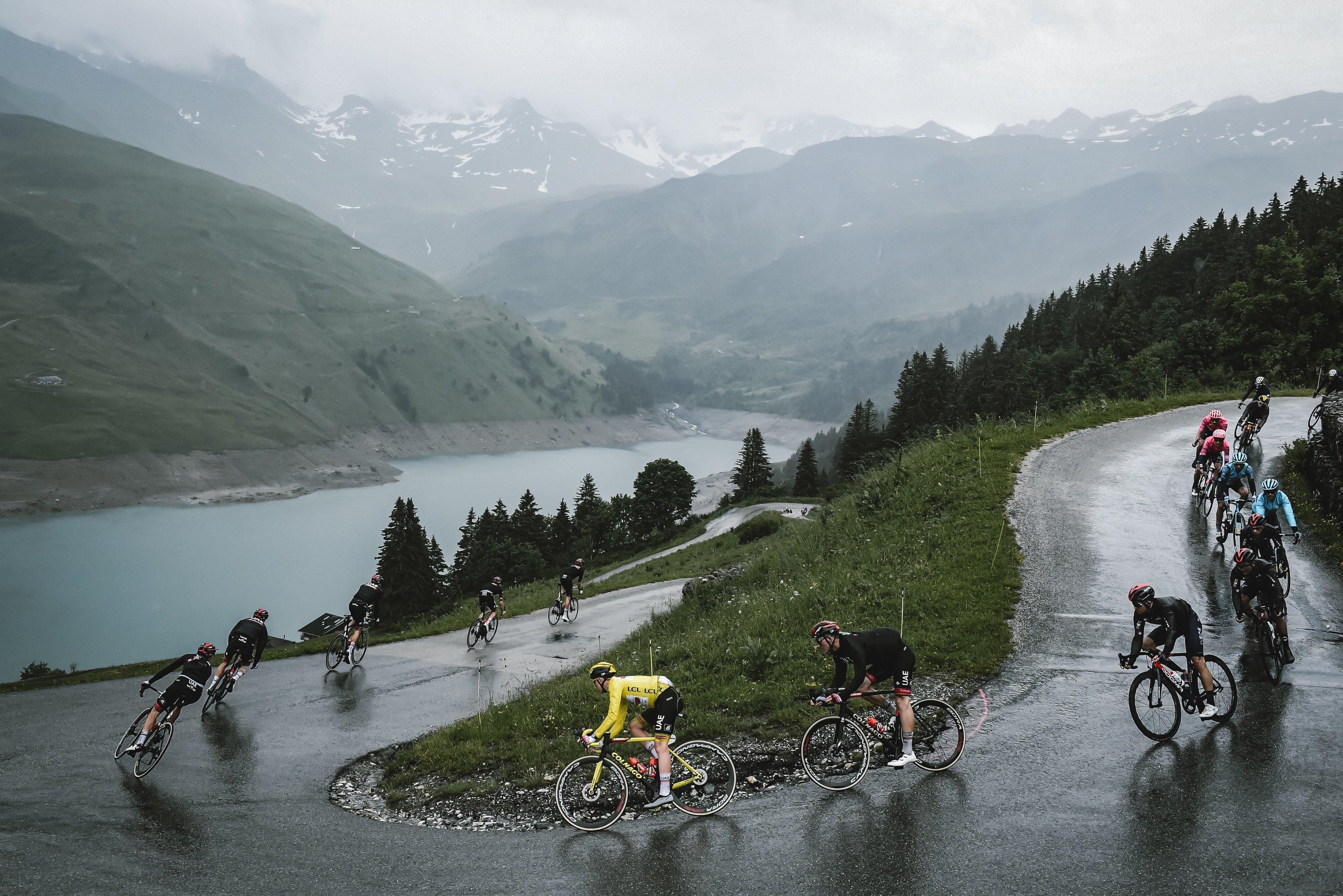 2021环法S9战报 雨中进攻艰难夺冠 奥康纳喜迎高光时刻-领骑网