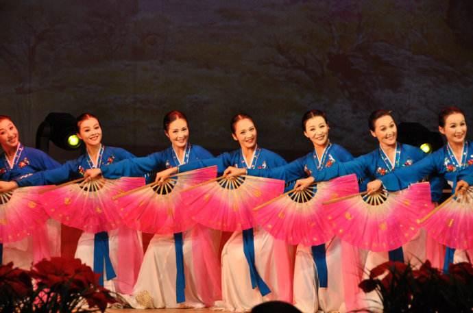 15万人抢票 朝鲜艺术团韩国首演一票难求
