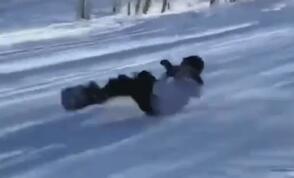 滑雪动作见多了,躺滑你见过吗?