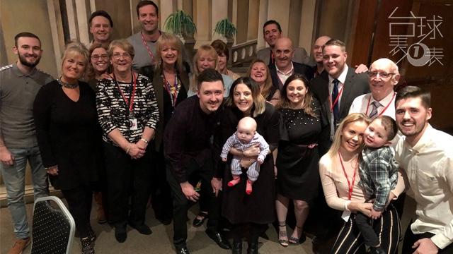 台球表一表 | 凯伦·威尔逊和他幸福美满的家庭