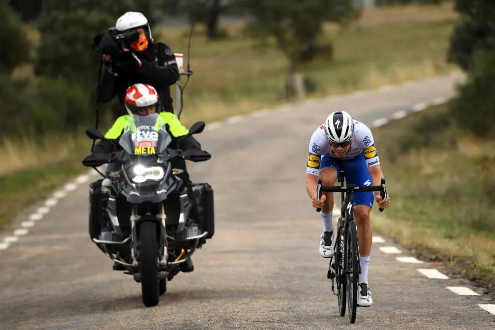 科特冲刺力压巴尔维德 卡瓦尼亚敢斗奖实至名归-领骑网
