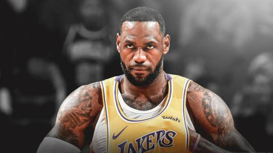 【NBA综述】詹姆斯三双创纪录湖人险胜;安东尼重返赛场