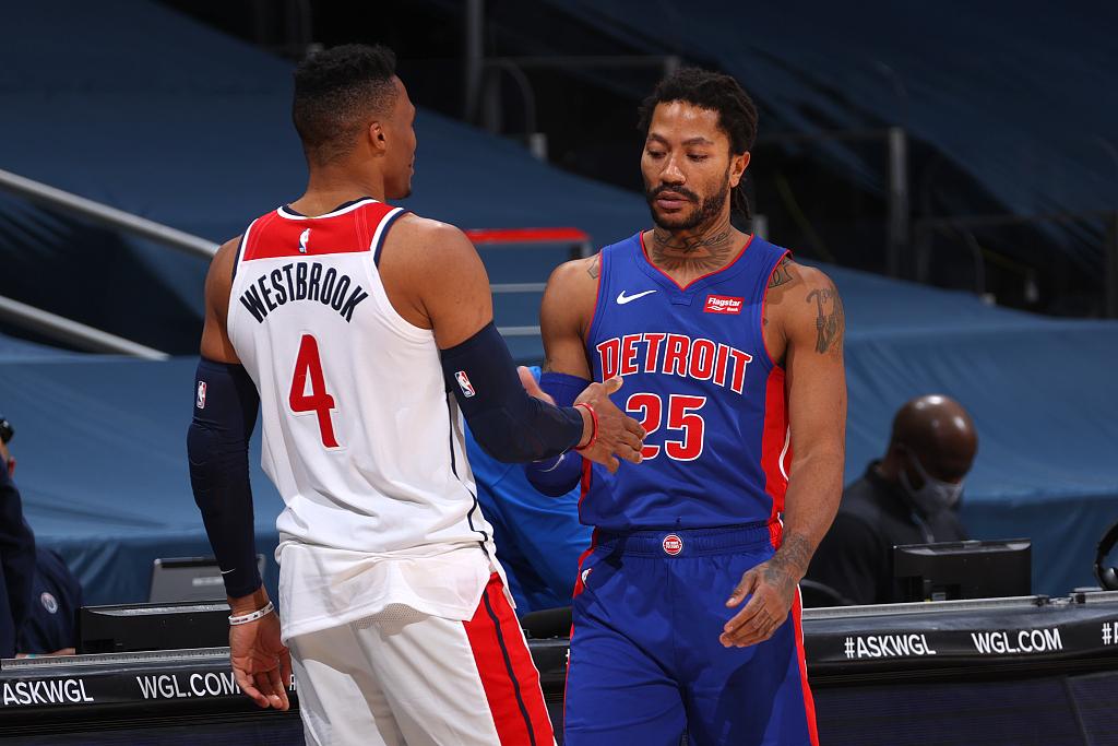 【NBA季前赛】老鹰逆转1分险胜灰熊,魔术力克黄蜂